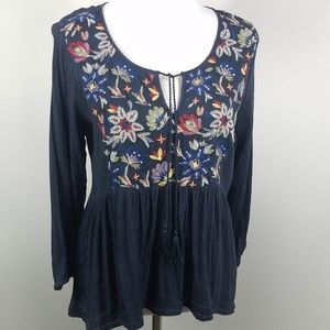 American Eagle Outfitters Embroidered Boho Top L